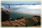 «Золотые ворота» и Сан-Франциско в тумане